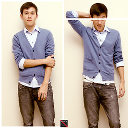 Max Wright - H&M Slim Button Up, Pacsun Drake's Skinniest Jeans, H&M Blue Cardigan, Armourdilla White Leather Belt - Simple Family Formal