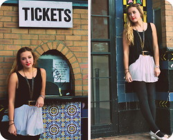 Bryn Newman (Stone Fox Style) - Brandy Melville Usa Open Back Black Tank, Goodwill Brushed Gold Belt, Brandy Melville Usa Cotton Skirt, Dollar Store Black Tights, Bcbg Ballerina Slippers, Vintage Chains - There's gold in my heart