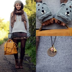 Alexandra Per - Asos Gloves, Friis&Company Bag, Pull & Bear Sweater, Bit Booties, Les Jumelles Pendant - Little bears in my hands
