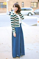 Delmy Rivera - Topshop Striped Cardigan, Topshop Silk Chiffon Trousers, Madewell Metallic Oxfords - Forest green stripes