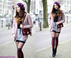 Virgit Canaz - New Look Over Knee Tights, New Look Burgundy Bag, Monki Skirt, New Look Pink Sweater - My Fox House Giveaway