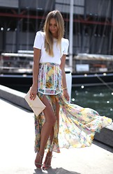 Jessica Stein - Zimmermann Halycon Skirt, Zara Tee, Yves Saint Laurent Arty Oval Ring, Zara Sandals - Trapeze