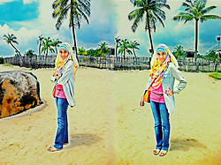 Nur Syafiqah - Cotton On Jeans Blouse, H&M Floral Shawl, New Look Tanktop - Beach Stroll