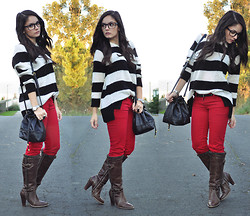Alba . - Mango Sweater, Stradivarius Pants, Stradivarius Boots, Blanco Bag, Proopticals Glasses - Stripes...