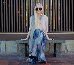 Marie Hamm - Thrift Store Hooded Scarf, Mosely Tribes Sunglasses, Vince Blouse, Romwe Abstract Skirt - I am here, this is now.
