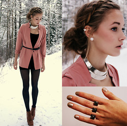 Petra Karlsson - Blazer, Necklace, Ring, Shoes, Ear Cuff - Blazer in the snow