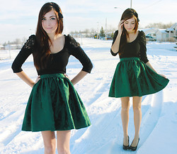 Breanne S. - Flattery Green Gathered Skirt - Holly