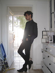 Jo Zepeda - Thirft Blazer, Diesel Shirt, Obey Pants, Vintage Boots - ALL BLACK