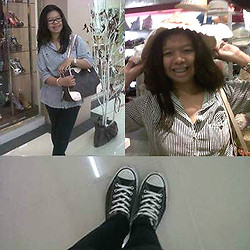 Tania Bonita - Black And White Line, Converse Black Kets, Why Bag, Flower Hats, Black Jeans, Glasses - Casual shopping
