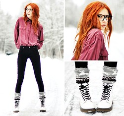 Ebba Zingmark - Second Hand Silk Shirt, Jeans, Socks, Boots, E&E Glasses Glasses - Suddenly I've Got Christmas Feelings