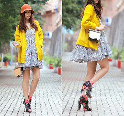 Mayo Wo - H&M Yellow Cardi, Vintage Box Purse, Gia London Boho Print Dress, Opening Ceremony Floral Cut Out Heels - Gia london boho print