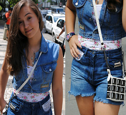 Larissa Cidral - Brechó Vintage Vest Jeans, Flower Shirt, Costumized By Me Shorts Jeans, Rebit Bag - Urban Jeans