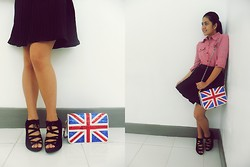 Dee C - Tiangge Pleated Black Skirt, Sister's Closet Suede Strappy Wedge Shoes, Thrifted Glitter Y Union Jack Bag­, Thrifted Red Plaid Button Down - Mad plaid