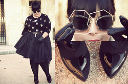 Stephanie - BigBeauty Zwicky - New Look Gloves, Asos Jumper, Miu Sunglasses, Moschino Shoes, Asos Skirt, Dorothy Perkins Belt, Noot Bracelet - + Adele +