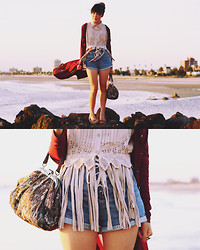 Connie Cao - Yesstyle Maxi Cardi, The Story Of Top, Vintage Scrunchie, Vintage Sweater Guard, Asos Loafers, Vintage Bag - St kilda