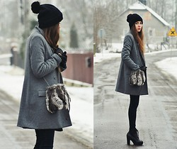 Kasia Szymków - Diy By My Mum Hat, H&M Coat, Zara Bag, Boots, Pants - The first calendar day of winter