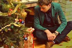 Adam G. - Asos Shoes, Zara Jeans, Second Hand Shirt, Vintage Bowtie, Zara Blazer - Christmas Time...