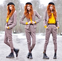 Ebba Zingmark - Romwe Suit, Romwe Docs, Tshirt Store Sweater - Like It Was Going Out Of Fashion