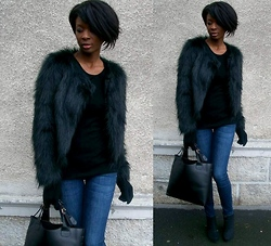 ASSITAN T. - Etam Faux Fur Coat, H&M Jeans - Faux fur coat