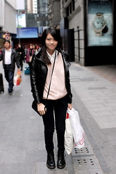 Dana Lee - Hong Kong Leather Jacket, Forever 21 Pink Jumper, New Look Blouse, Lee Black Jeans, Longchamp Vintage Bag, Dr. Martens Dms - ALMOST 2012