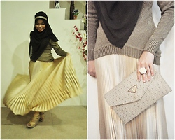 Nor Alifah A - Yves Saint Laurent Ysl Envelope Clutch, Gold Pleated Skirt, Beige Wedges - BAG OF GOLD