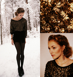 Petra Karlsson - Top, Shoes, Earings, Ear Cuff - Golden cold