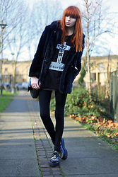 Olivia Emily - Faux Fur, The Orphan's Arms 'A Sore Heart' Top, Leopard Creepers - No pause.