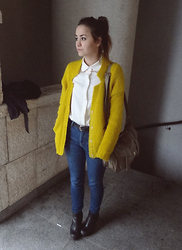 Veronika B - Asos, H&M Trend, Shirt, Bag, Levi's® Levi's - You're the yellow bird that I've been waiting for