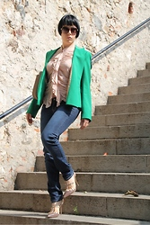 Alessia Milanese - Zara Blazer, Pinko Shirt, Pinko Jeans, Valentino Shoes, Valentino Bag, Gucci Sunglasses - Just discover my fashion inspiration