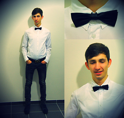 Christophe B. - Olivier Strelli Suede Boots, H&M Skinny Jeans, Grandads Closet Vintage Bowtie, Guess? Gbym White Shirt, Dolce & Gabbana Black D&G Belt - New Years 'Eve Outfit '12