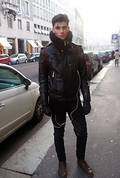 Oscar Spendrup - Scarf, Leather Jacket, Trousers, Shoes - Set Fire To The Rain - Adele