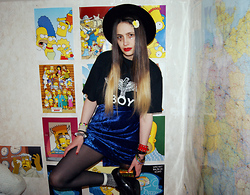 †Norelle Rheingold† - Vintage Hat, Boy London Tee, Second Hand Blue Velvet Skirt, American Apparel Black Tights, Esty+Diy Platform Loafers - In Your ROOM