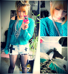 Rui Z. - Urban Outfiters Cross Shorts, Forever 21 Necklaces, Monki Green/Blue Pullover, Primark Hairband - Cross shorts