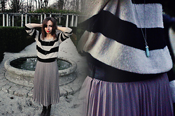 Kissmequick Girl - H&M Long Skirt, H&M Striped Sweater, Oysho Pendant - BEFORE THE LIGHTS GO OUT