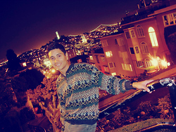 Anibal Lara - Vintage Sweater, American Eagle Green Pants - San Francisco nighlights