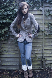 Annabelle Mackay - H&M Blazer, Miss Selfridge Skinny Jeans, Miss Selfridge Boots - Talk to me please, don't have much to believe in
