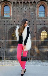 Gresy D. - Stefanel Vest, Zara Pants, Yves Saint Laurent Clutch, Zara Shoes - Bright colors are the new black