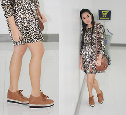 Dee C - Pasig Palengke (For Realzzz) Leopard Printed Long Sleeved Dress, Sm Mall Tassled Rope Belt, Handed Down From Aunt's Closet Brown Leather Bag, So! Fab Oxfords X Espadrilles X Platforms Shoes - Leopard lush