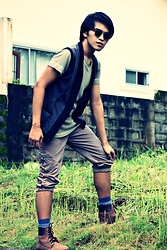 Carlo Agdamag - Calvin Klein V Neck, Oxygen Vest, Bangkok Mid Length Pants, Topman Socks, Lumberjack Boots - Into The Wilderness