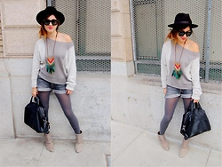 Gina Y - Enzo Angolini Boots, 7 For All Mankind Shorts, Armani Exchange Sweater, Givenchy Bag - Pace yourself.