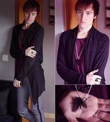 Gareth Vanderstraeten - Asos Long Belted Cardigan, No Brand Customized Jeans, Zara Oversized T Shirt, Asos Key And Dark Feather Necklace - Casual Rock