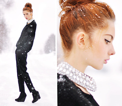 Ebba Zingmark - Cardigan, Necklace, Bikbok Pants - Surrounded by Glittering Crystals