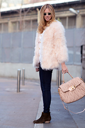 Chiara Ferragni - Storets.Com Fluffy Coat, Miu Maxi Bag, Isabel Marant Boots - Miu Miu bag and fluffy coat