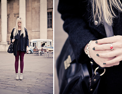 Ingrid O - Thomas Sabo Heart Pendant Ring, Topshop Nail Rock, Sparkle & Fade Biker Boyfriend Coat, Topshop Burgundy Leggings, Topshop Grey Wedges - Easy like Sunday morning