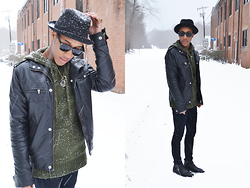 Steven Brown - Zara, Black Vintage Boots, Olive Green Wool, Checker Patch Sweater - Scarlet