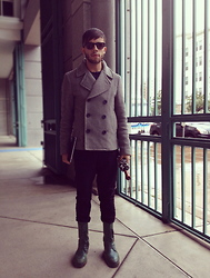 Ruben Lucas - 3.1 Phillip Lim Cropped Peacoat, Helmut Lang Trousers, Bottega Veneta Combat Boots - Fall In Bottega.