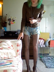 Jess R. - Gap The, Levi's® Levi's, Doggy Necklace Won In Girl Scouts, Metal Bolo Tie, Steve Madden Glitter Flats - Never a good quality photo