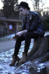 Nicklas Due - Episode Studded Leather Jacket, Second Hand Woodsman Shirt, Zara Brown Chelsea Boots, Cheap Monday Black Jeans, Somewhere In London Black Hat - #29