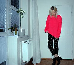 C V - Topshop Sweater, Topshop Pants, Shoes By Teddy Boots - Fluoro