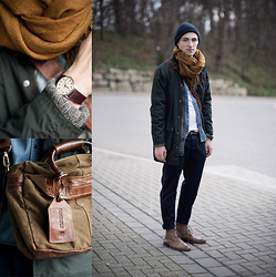 Micha Threepwood - H&M Tank, Urban Outfitters Slim Belt, Weekday Knit, Zara Pants, H&M Scarf, Cowboys Bag, Timex Watch, H&M Beanie, Weekday Oil Jacket, Officine Creative Boots, Scotch Soda Jeansshirt - 280112 THE GREAT LAYERING